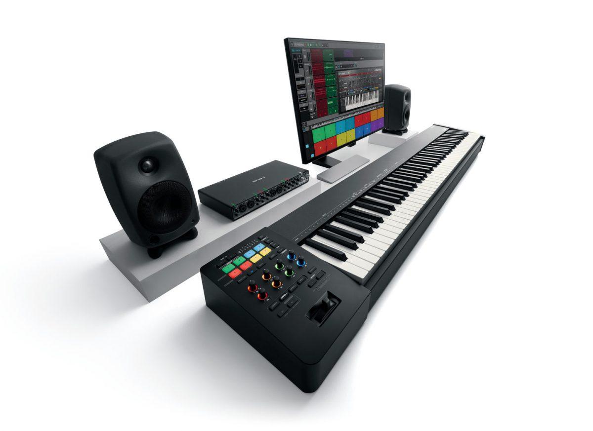 Roland A88MKII Studio