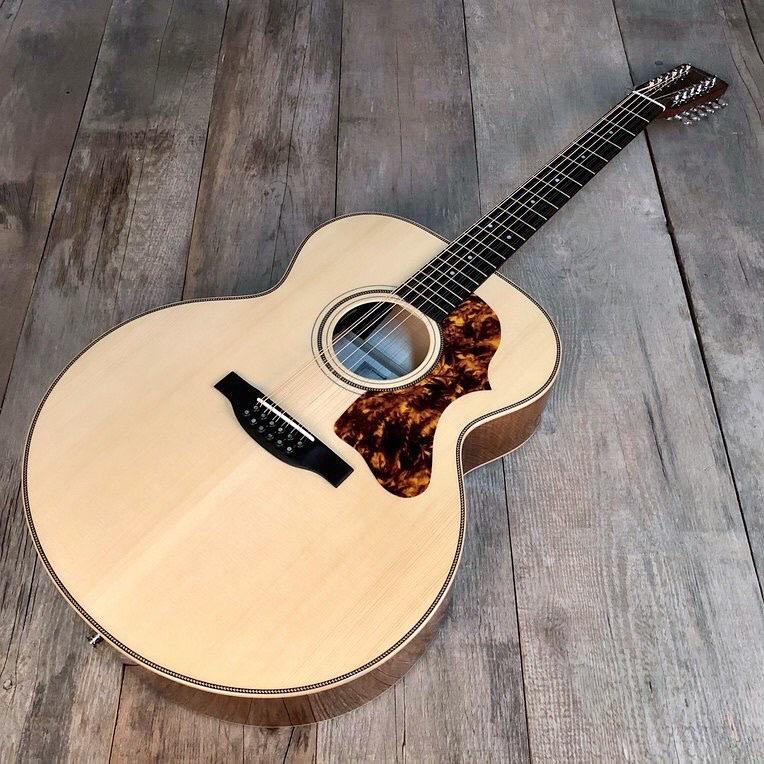 Boucher - SG12-63E Studio Goose Jumbo 12-strings slant